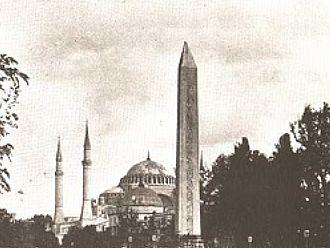 TURGAY TUNA / Dikilitaş