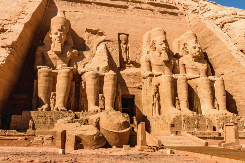 Online - İnsanlık Tarihinin Boyutları Aştığı Yerlerden Biri: Abu Simbel