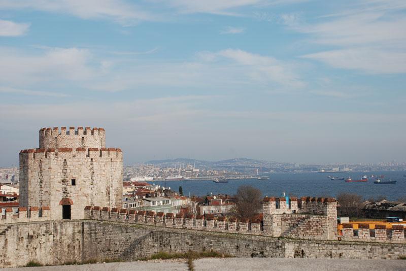 FETİH YA DA DÜŞÜŞ: İSTANBUL'UN YENİDEN KURGULANMASI