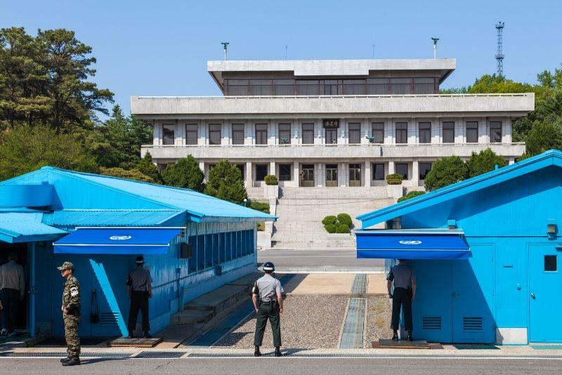 Online - Dünyanın Gizli Ülkesi Kuzey Kore-2