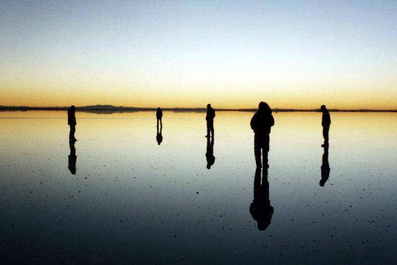 Online - Dünyanın En Büyük Aynası Uyuni Tuz Gölü İle Bolivya